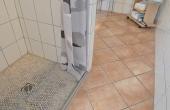 Ebenerdiger Einstieg zur Dusche im Badezimmer, Ferienwohnung Haus am Weinberg, Mußbach - Neustadt / Weinstr. (Pfalz)