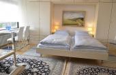 Schlafbereich mit Doppelbett - Apartment 1, Haus Panoramablick, Weindorf Haardt, Neustadt / Weinstr. (Pfalz)
