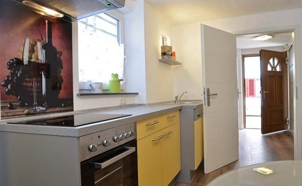 Moderne große Küche - Apartment Ambiente, Hof Rebenblüte, Weindorf Gimmeldingen, Neustadt / Weinstr. (Pfalz)